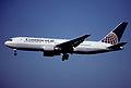 135bi - Continental Airlines Boeing 767-224ER; N73152@ZRH;30.06.2001 (5398171788).jpg