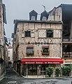 144 Rue Saint-Urcisse in Cahors.jpg