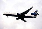 190fo - VARIG MD-11, PP-VPK@LHR,05.10.2002 - Flickr - Aero Icarus.jpg