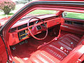 1985 Cadillac Coupe Deville interier.jpg