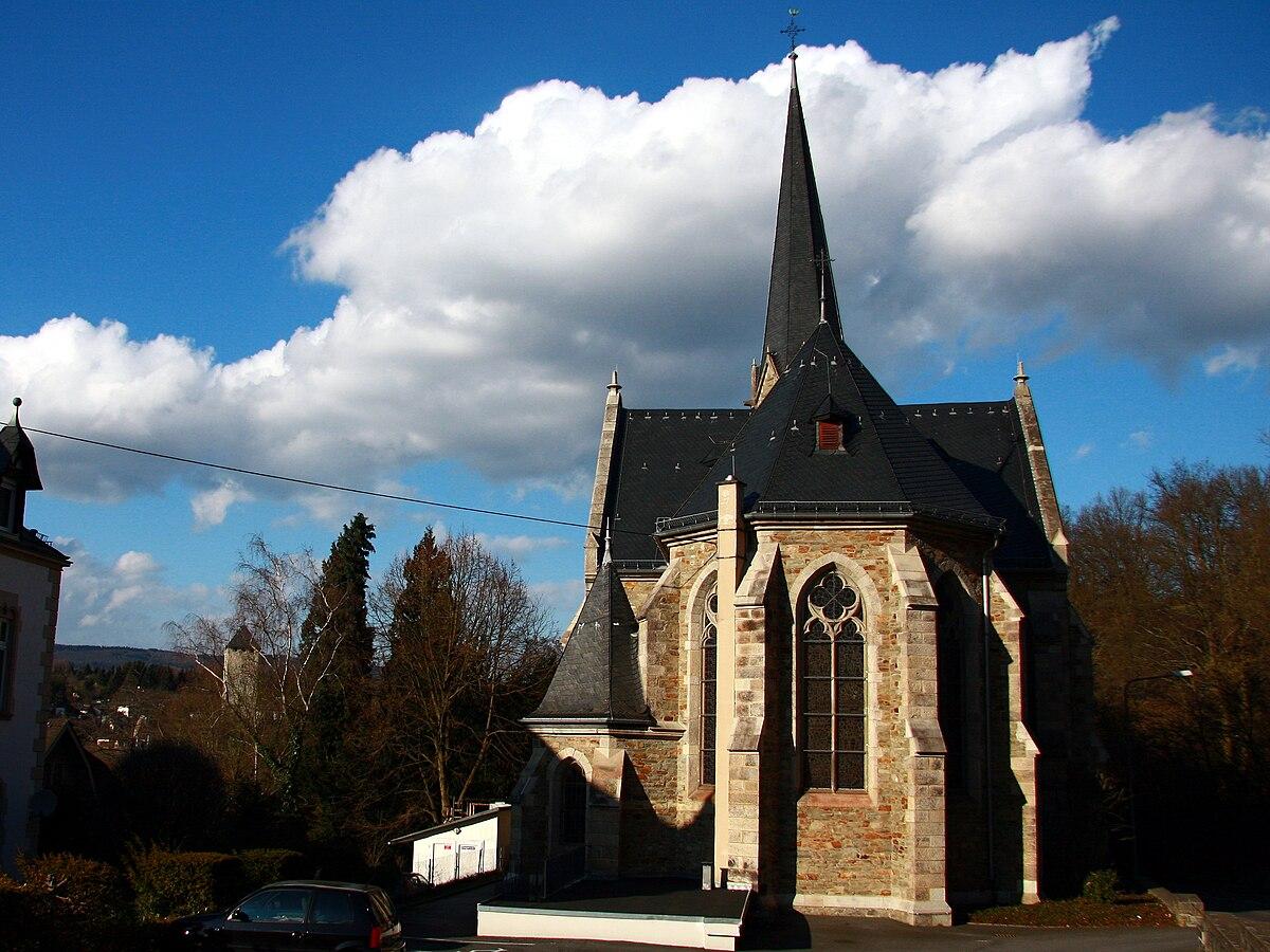 Heilig-Hartkerk (Wiesbaden-Sonnenberg) - Wikipedia
