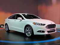 2012 Ford Mondeo Titanium sedan (2012-10-26) 01.jpg