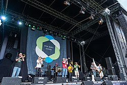 Hackney Colliery Band beim Open Source Festival, 2014