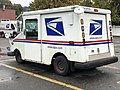 2020-10-28 11 11 02 Left-rear side of a USPS Grumman LLV in Edison Township, Middlesex County, New Jersey.jpg