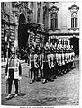 34. Eucharisztikus Világkongresszus, Budapest,, Őrségváltás a Királyi Palotában 1938 (2).jpg