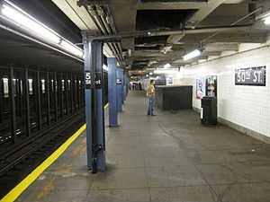 50th Street (IND Eighth Avenue Line) - Downtown platform on upper level