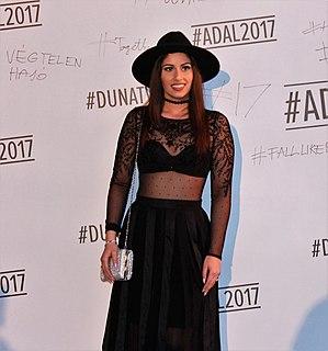 Gigi Radics singer