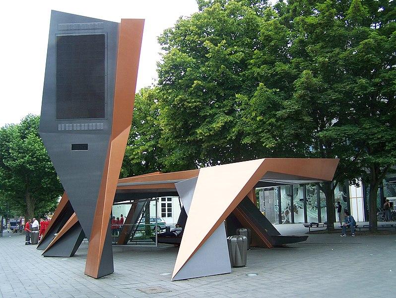 File:Aachen Busshelter Peter Eisenman.JPG