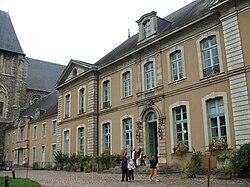Abbaye Saint-Pierre de la Couture.JPG