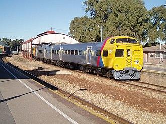 2000 class railcar - Image: Adelaide Rail 4