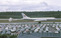 Aeroflot Tupolev Tu-104B at Arlanda, July 1968.jpg