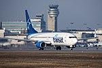 Air Transat Boeing 737-800 C-FTCX (26070361755) (2).jpg