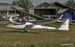 Airfield Shevlino. Schempp-Hirth Discus 2T RA-3958 (14505910380).jpg
