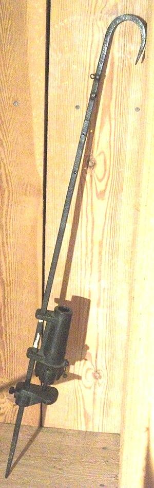 Spring-gun - non lethal spring gun as alarm