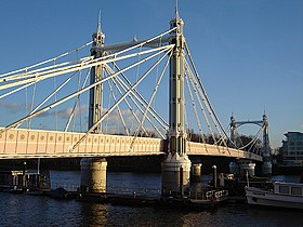 Albert bridge 1.jpg