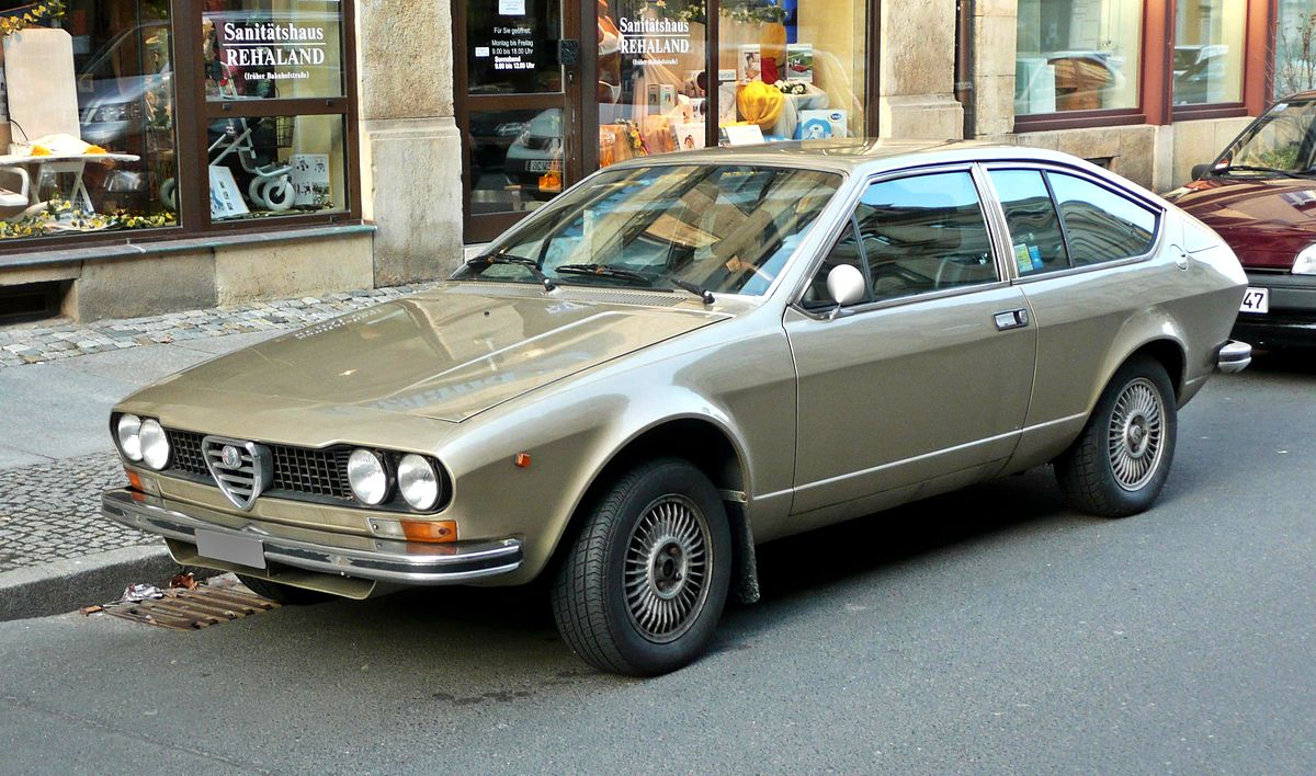 alfa romeo alfetta gt gtv wikipedia la enciclopedia libre. Black Bedroom Furniture Sets. Home Design Ideas