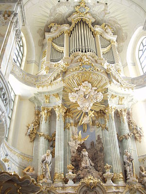 Daniel Kern Manufacture d'Orgues - Image: Altar Frauenkirche
