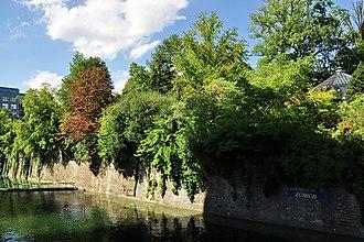 Schanzengraben Zürich - Image: Alter Botanischer Garten Schanzengraben 2011 08 12 15 52 34