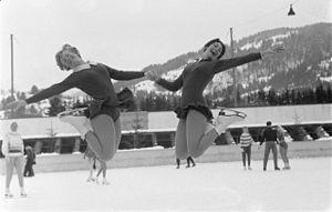 1960 European Figure Skating Championships - Gold medalist Sjoukje Dijkstra and bronze medalist Joan Haanappel.
