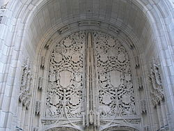 Gothic detailing on the Tribune Tower in Chicago