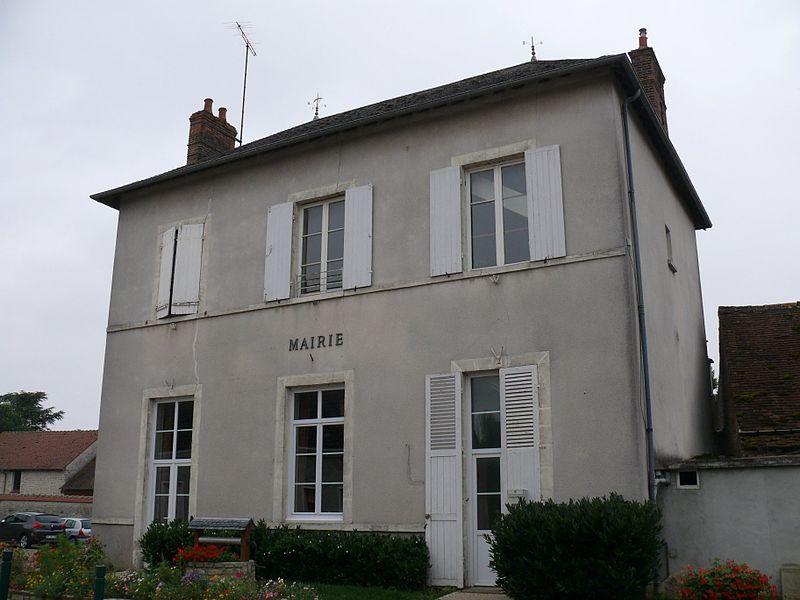 The town hall of Ascoux (Loiret, Centre-Val de Loire, France).