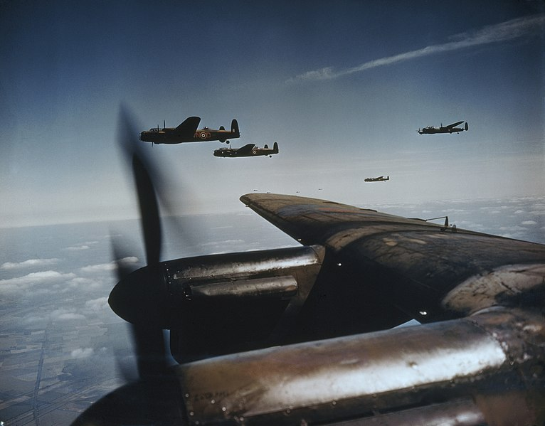File:Avro Lancasters flying in loose formation.jpg