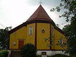 BZN Saukotas church front 2.JPG