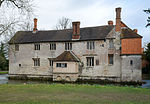 Baddesley Clinton house south west 2016.jpg