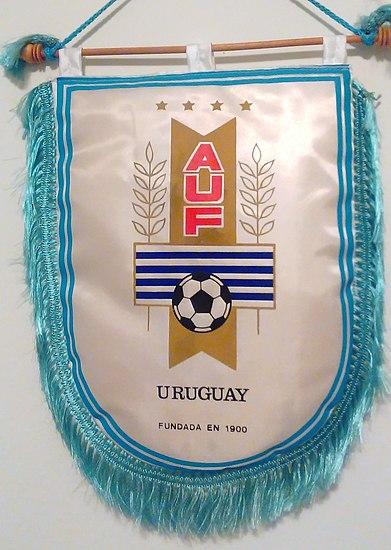 Uniforme de la selección de fútbol de Uruguay - Wikipedia, la enciclopedia libre
