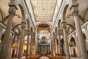 San Lorenzo, Florence - The interior columns
