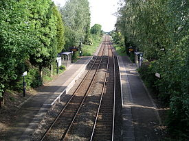 Bedworth station from road bridge 3u07.JPG
