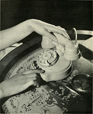 Business telephone system - A 1930s key telephone for a private branch exchange.