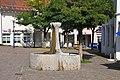 Berg Brunnenplatz Brunnen.jpg