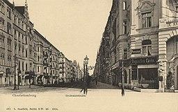 Grolmannstraße , L. Saalfeld, Berlin [Public domain], via Wikimedia Commons