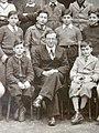 Bernard Charbonneau devant ses élèves.jpg