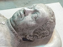 http://upload.wikimedia.org/wikipedia/commons/thumb/3/3f/Bertrand_du_Guesclin_P1210353.jpg/220px-Bertrand_du_Guesclin_P1210353.jpg