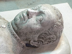 Bertrand du Guesclin - Bertrand du Guesclin's effigy at the Saint-Denis Basilica, near Paris