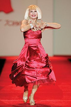 Betsey Johnson, Red Dress Collection 2007