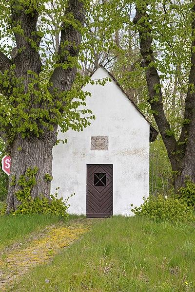 File:Beverungen - 2017-04-27 - Laukapelle Wehrden (05).jpg