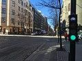 Bicycle signal with illuminated icon (40503879220).jpg