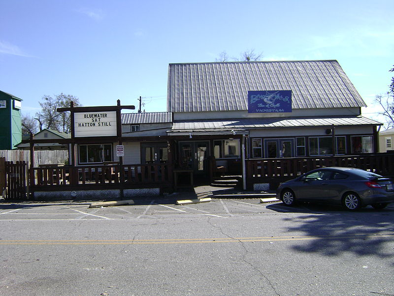 File blue water bar grill remerton jpg wikimedia commons - Blue water bar and grill ...