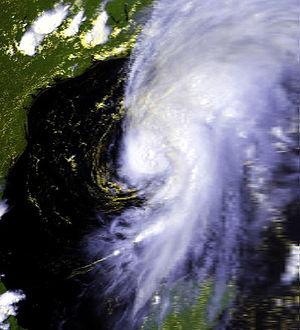 1979 Atlantic hurricane season - Image: Bob 10 jul 1979 2128Z TN