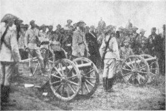 RML 7-pounder Mountain Gun - Boers with guns on mountain carriages captured at Kraaipan at the beginning of the war