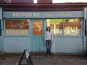Walford - Bridge Street Café before its refurbishment in 2009