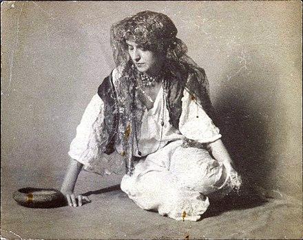 Romani people - Wikiwand