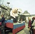 Bundesarchiv B 145 Bild-F009772-0011, Karneval in Bonn, Rosenmontagszug.jpg