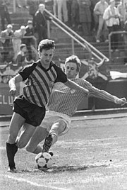Bundesarchiv Bild 183-1987-0417-012, BFC Dynamo - FC Carl Zeiss Jena 3-1