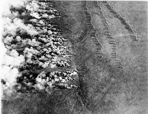 Aerial photograph of a German gas attack on the Eastern Front of World War I. Lethal poison gas was first introduced by Germany and subsequently utilized by the other major belligerents in violation of the Hague Convention IV of 1907 Bundesarchiv Bild 183-F0313-0208-007, Gaskrieg (Luftbild).jpg