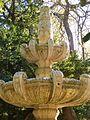 Burgos - Parque de la Isla, fuente del Monasterio de San Pedro de Arlanza 2.jpg