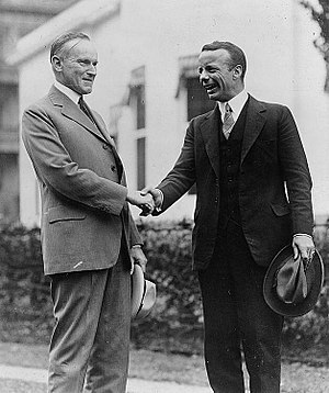 Theodore Roosevelt Jr. - Roosevelt shaking hands with President Calvin Coolidge, September 26, 1924